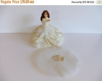 Christmas Sale Vintage Wedding Doll, 1940 doll Cake topper, Lace Dress,