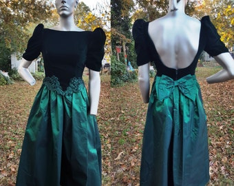 80s Prom Dress, Vintage Bridesmaid Dress in Emerald Green, 80s Evening Gown by Alfred Angelo, 80s Dress, Vintage Dress Size 6