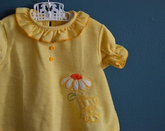 Vintage Yellow Knit Girl's Shirt with Mouse and Daisy Applique - Size 18 Months