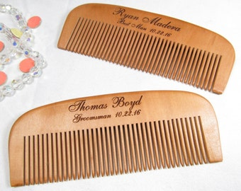 Set of 8 Engraved Wooden Beard Comb, Personalized Groomsmen Gifts, Groomsman Gift, Best Man Gift, Wood Hair Comb, Wedding Party Keepsake