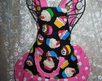 Apron Cupcakes Toddler Girl Im To Old For A Bib Apron Dining Cooking Birthday Gift Baking Art Eating Meals Coverup Party