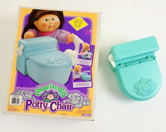 """Vintage 1990s Toy / Hasbro Cabbage Patch Kids Potty Chair in Box 1991 Complete LIKE-NEW / Tinkling and Flushing Sounds, For Dolls 10""""-16"""""""
