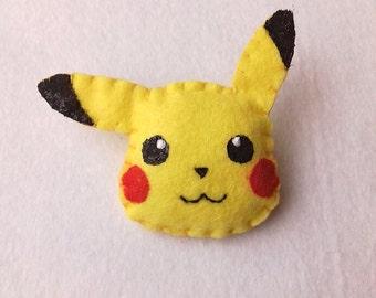 Pikachu Pin, Pikachu button, Pikachu Badge, Pokemon pin, pokemon felt, pokemon patch, pokemon badge, Felt pikachu, Kawaii pin, Anime pin