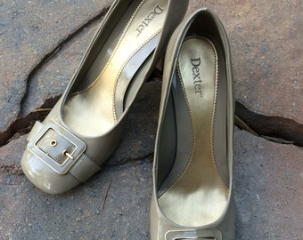 Vintage Pumps in Taupe Patent Leather