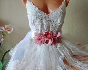Pink flower wedding belt, Puce Flower Sash Belt, large flower sash,  bridal accessories, Pink wedding accessories