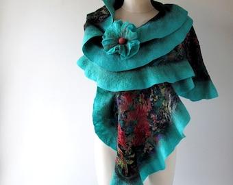 Felted scarf,  Floral felt scarf, Ruffle felted  scarf, Wool Floral stole , Turqouise red flower, Folk women felt shawl by Galafilc