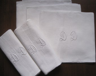 Set of 5 superb French dinner napkins, beautiful linen damask.  Banquet, wedding, celebration, serviettes, curtains, blind