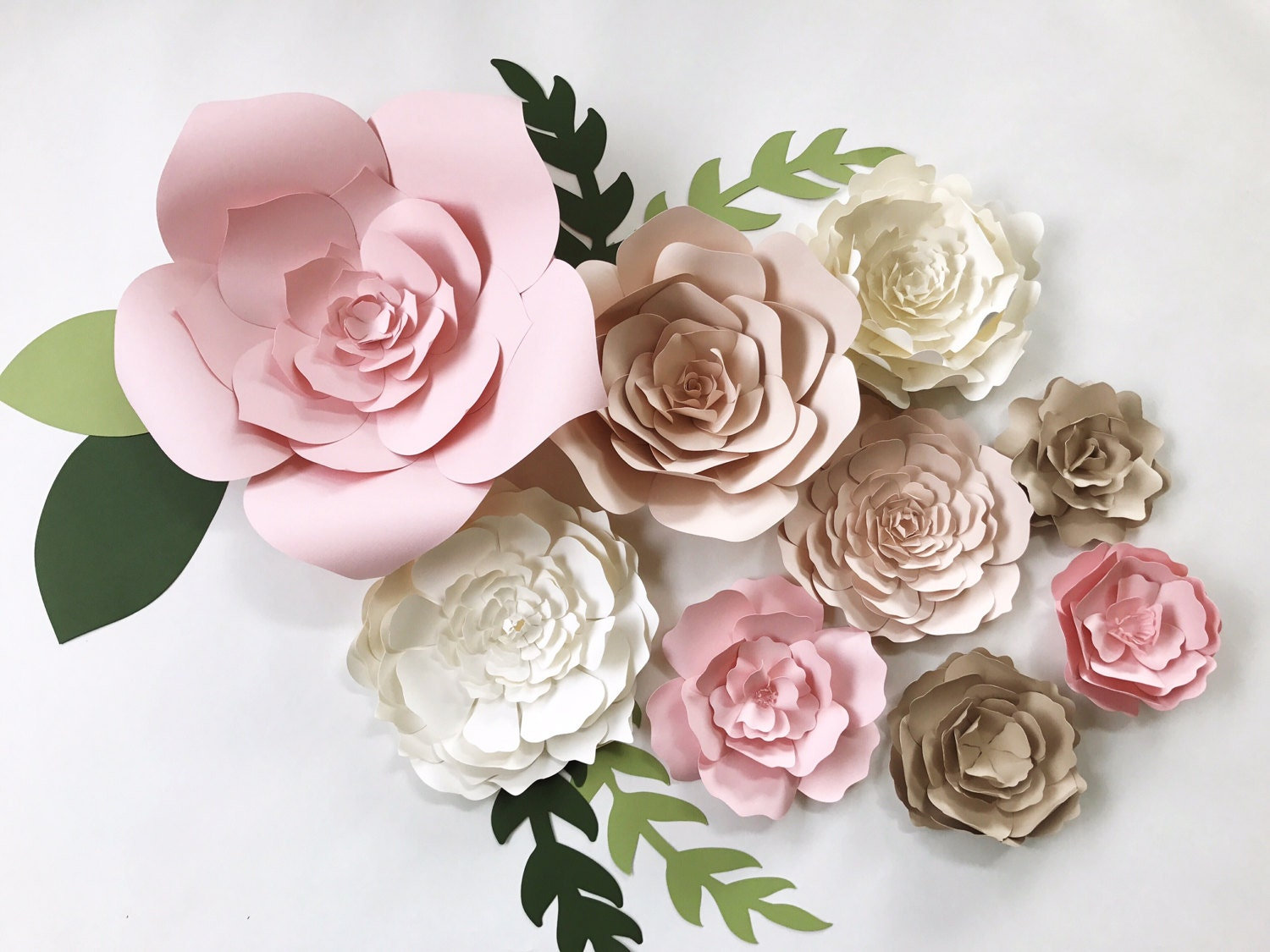 Paper flower wall decor large paper flower backdrop giant for Wall decoration with paper