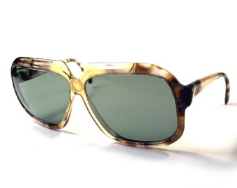 Peepers Vintage 1970s Huge Eye Earth Tone Faux Marble Sunglasses