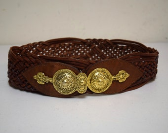 VINTAGE The WHITE ELEPHANT Brown Woven Leather Belt Goldtone Buckle Italy Size S