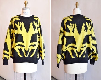 SALE / Vintage NOVELTY graphic sweater