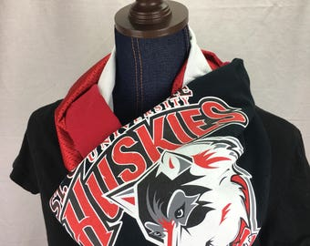 St Cloud State University Huskies Recycled T Shirt Infinity Scarf