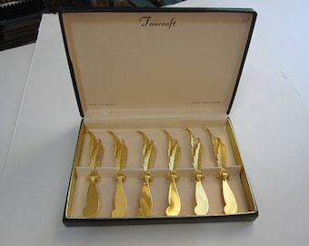 6 vintage 24K gold plated FEATHER spreaders in box - Tancraft Janis Collection - 24 KT gold plated