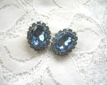 Vintage Rhinestone Earrings ~ Clip On ~ Light Blue Rhinestone