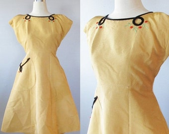 ON SALE NOW Fabulous Vintage 1940's Golden Floral Formal Party Dress / Rare Antique Wwii Style 40's 50's / Size Small Designer Vicky Vaughn
