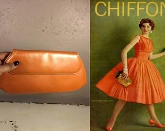 A Zinger of Citrus - Vintage 1950s Pearlized Orange Patent Leather Clutch Handbag Purse