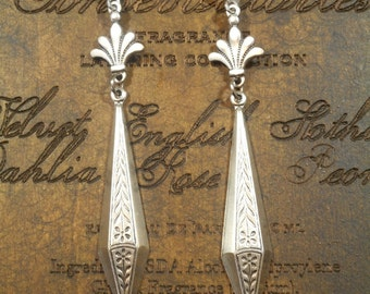 Silver Art Deco Jewelry - 1920s Jewelry - Art Deco Earrings - Downton Abbey Style Jewelry - Great Gatsby Jewelry - Womens Jewelry