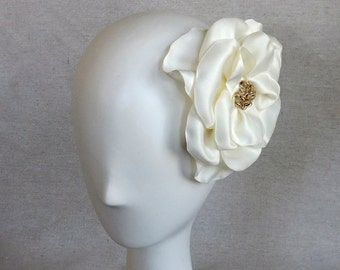 Ivory Flower Fascinator with Gold Beading