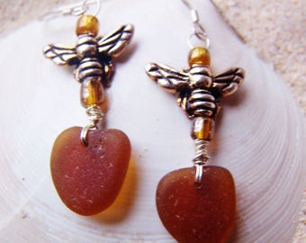 Sea Glass/Beach Glass Earrings in Amber with Sterling Coated Pewter Honey Bees and Glass Beads on Sterling French Ear Wires EBR 28