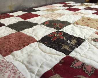 """Richmond Reds - Moda - Quilted Table Topper - Size 16"""" x 19.5"""""""