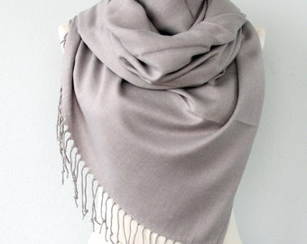 Pashmina shawl Light Gray scarf Thick Pashmina wrap Silver fringe shawl Plain shawl Winter accessories Solid color shoulder scarf