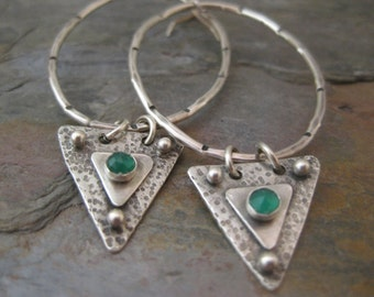 Large Sterling Silver Hoops Earrings with Trendy Triangle Green Onyx