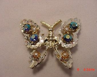 Vintage Aurora Borealis Rhinestone & Faux Pearl Butterfly Brooch   16 - 765
