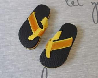 Vintage lifted Children Yellow Flip Flops