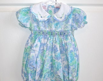 Vintage Baby Girl's Romper . 80s 90s Blue Floral Babies Toddlers Smocked Spring Summer Body Suit Shorts . Size 18 Months