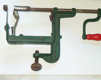 Vintage White Mountain #3 Apple Peeler-Corer Goodell Co Kitchen Gadget Table Mount 3172