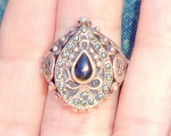 Sz 6.5, Vintage Poison Ring, Onyx, Sparkling Marcasite,Sterling Silver Ring, Neo Victorian Pill Box Ring,Cremation Ring