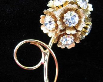 Gorgeous  Antique Rhinestone HollyWood Regency  Brooch Circa The  1950s MINT Condition