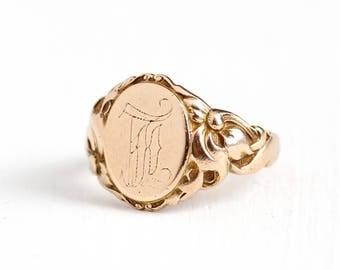 Sale - Antique Art Nouveau 10k Rosy Yellow Gold L Signet Ring - Size 7 Vintage Edwardian Vine Repousse Monogrammed Initial Fine Jewelry