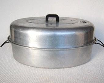 Funky Old Wear-Ever Turkey Roaster Model number 2635 With Roasting Rack Insert Vintage Aluminum Oval Turkey Roaster