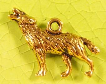 5 gold wolf charms pendants werewolf wolves blood vampire true diaries Halloween 26mm x 18mm - C0434-5