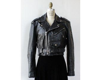 Black Leather Motorcycle Jacket M • Leather Jacket Vintage • Cropped Leather Jacket • Leather Moto Jacket • Leather Jacket Punk  | O393