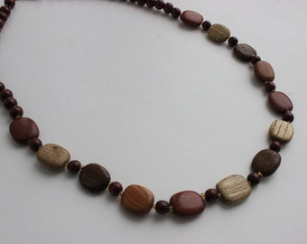 Vintage wooden necklace. Boho necklace