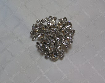 Vintage unsigned beauty navette and round rhinestone layered flower designer brooch