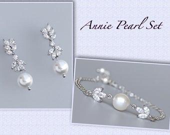 Bracelet & Earrings SET, Pearl Bridal Set, Pearl Earrings and Bracelet Set,  Bridesmaid Jewelry Set, ANNIE PEARL Set