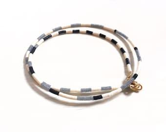 Op-art necklace