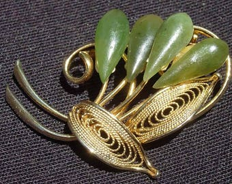 Goldtone Filigree and Jade Stone Brooch