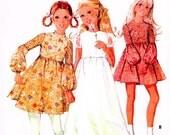 McCalls 2406 UNCUT Girls Dress Flower Girl Size 8 Breast 27 c 1970