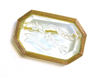 Victorian Intaglio Glass Brooch Embossed Petite EXCELLENT Condition