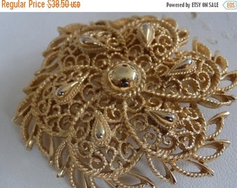 ON SALE Vintage brooch, signed Trifari scrolled gold tone floral brooch, collectible retro jewelry