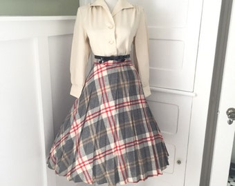 VINTAGE 1960s High Waisted Cream Red and Gray Plaid Full Pleated Skirt