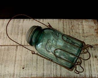 Vintage Wire Mason Jar Canning Holder / Quart Blue Ball Perfect Mason Jar No.3 / Zinc Lid / Wire Mason Jar Holder / 1920's 1930's