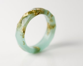 seafoam and gold size 5.5 thin multifaceted eco resin ring