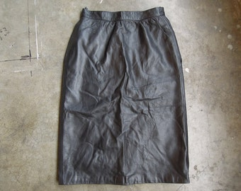 Vtg GIVENCHY Paris I.Magnin Black Leather Skirt 1980's-90's Made In France