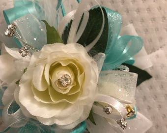 Blingy tiffany colored corsage!