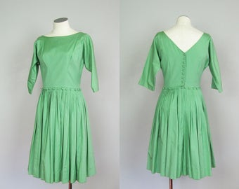 Vintage 1950s 1960s Sage Green Cotton Dress. 50s 60s Fit Flare Dress. Size Small